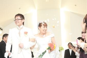 ゲストとの時間を大切にしたアットホームで温かい結婚式になりました!