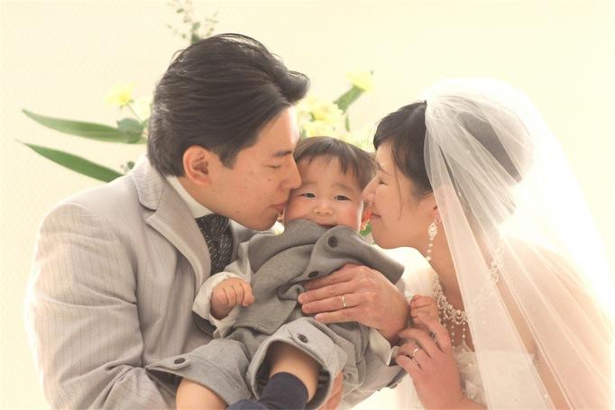 家族3人でおもてなしを大切にしたアットホームな結婚式になりました♡